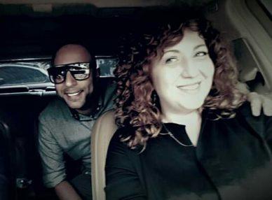 Arash и агент BnMusic перед выступлением