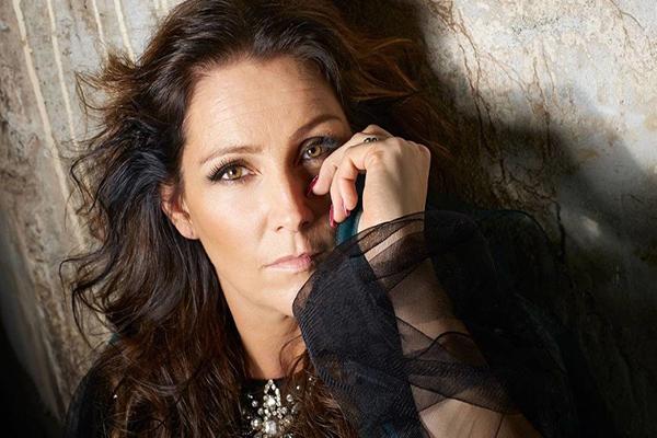 Страница Jenny Berggren of Ace of Base на сайте официального букинг-агента Bnmusic