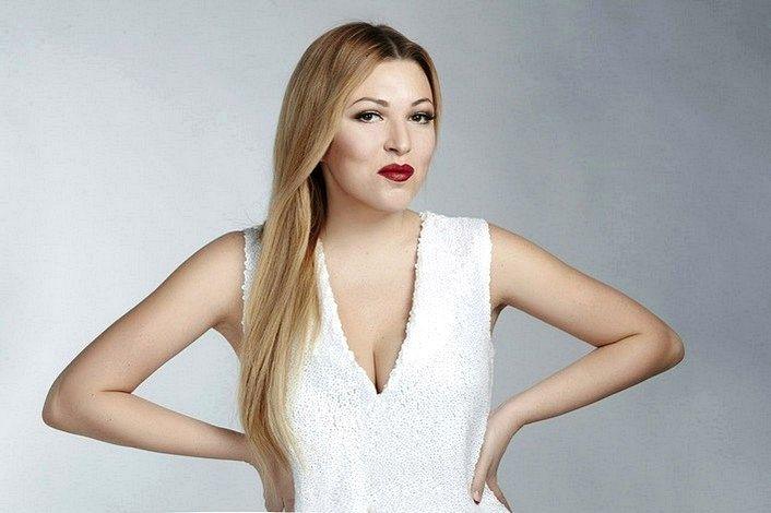 Дубцова Ирина - страница артиста на сайте официального агента для заказа на корпоратив