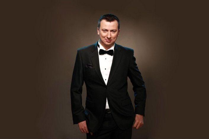 Валерий Жидков - пригласить ведущим на праздник