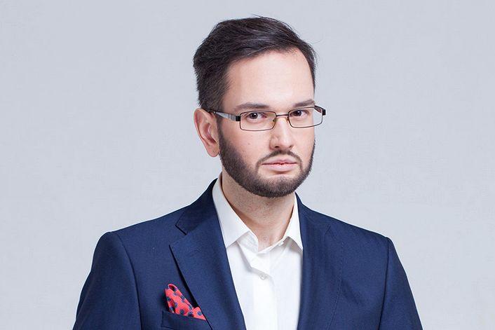 Владимир Андриевский - пригласить ведущим на праздник