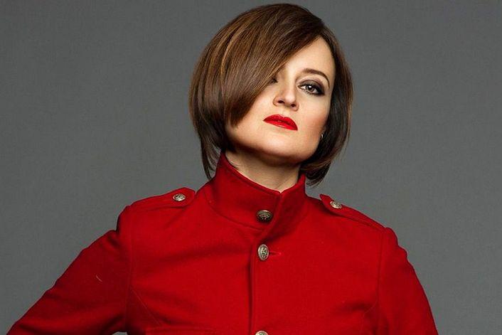 Юлия Лорд - пригласить на праздник в букинг-агентстве BnMusic