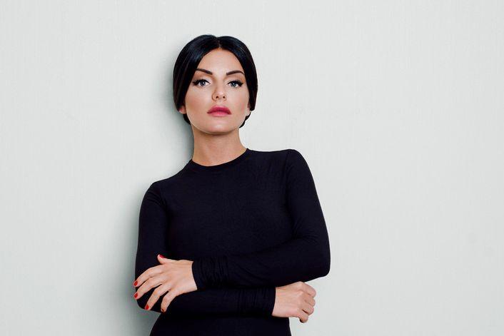 Юлия Волкова - страница на официальном сайте агента