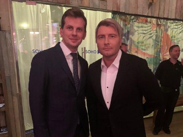 Николай басков с букинг-агентом на корпоративе в Москве