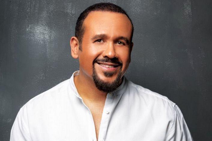 Hisham Abbas - заказать на корпоратив