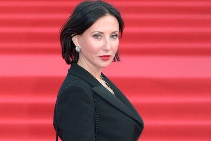Алика Смехова - заказать концерт в BnMusic
