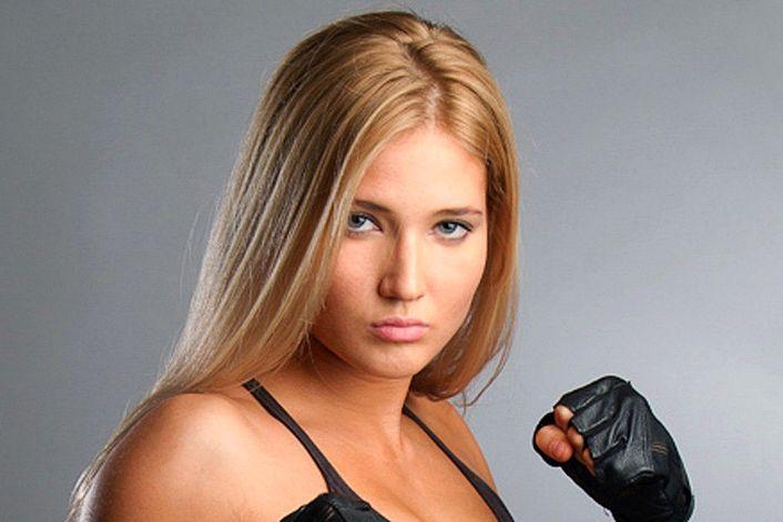 Анастасия Янькова - страница на официальном сайте агента