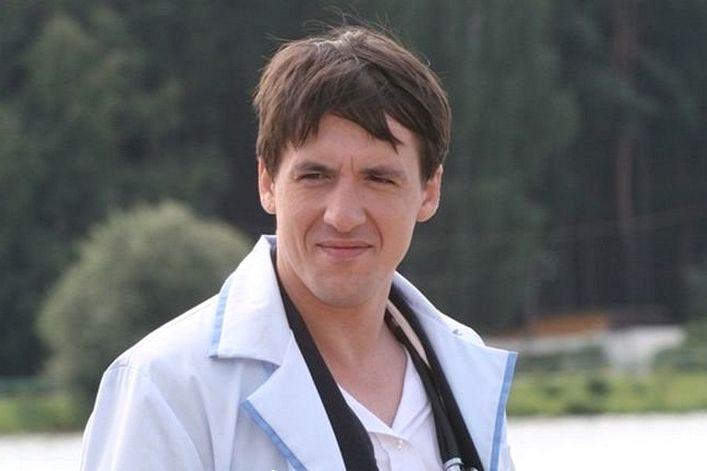 Артур Смольянинов - пригласить на праздник в букинг-агентстве BnMusic