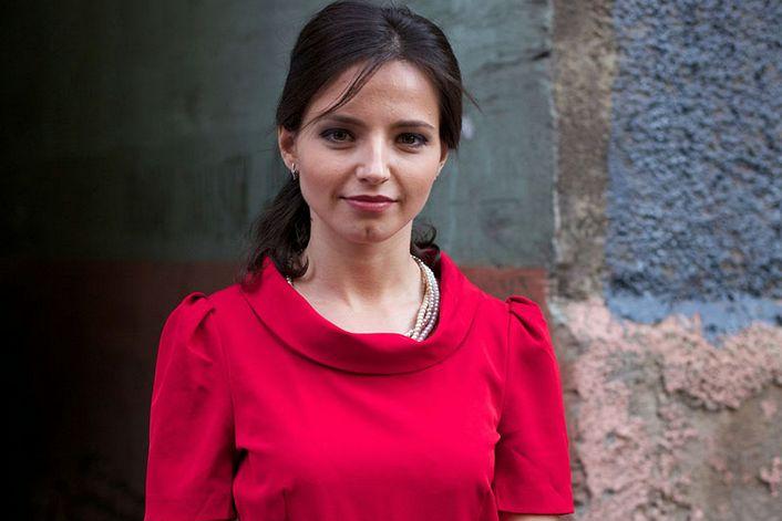 Евгения Калинец - страница на официальном сайте агента