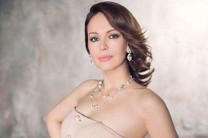 Ирина Безрукова - организуем выступление артиста на вашем празднике