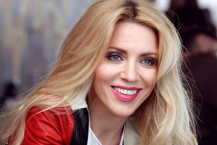Людмила Соколова - страница на официальном сайте агента
