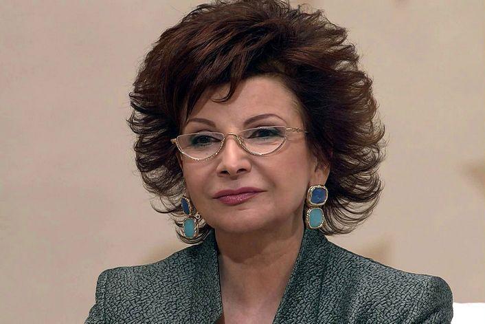 Русские>роксана Бабаян - организуем выступление артиста на вашем празднике