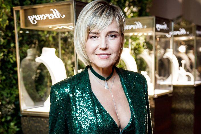 Юлия Бордовских - пригласить на праздник в букинг-агентстве BnMusic