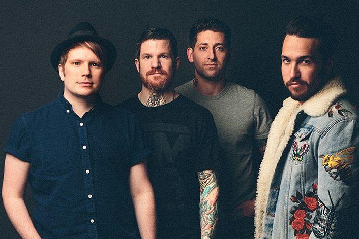 Fall Out Boy - страница на официальном сайте агента