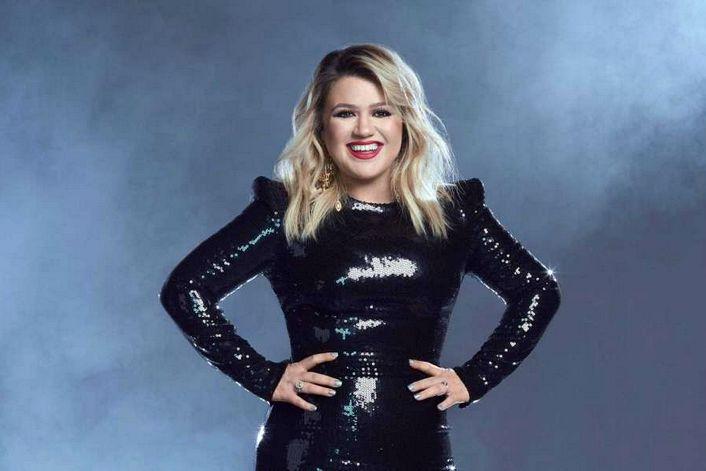 Kelly Clarkson - страница на официальном сайте агента