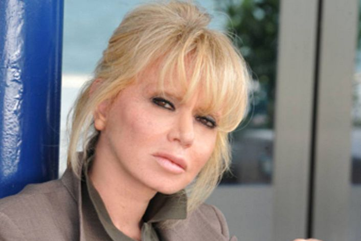 Rita Pavone - страница на официальном сайте агента